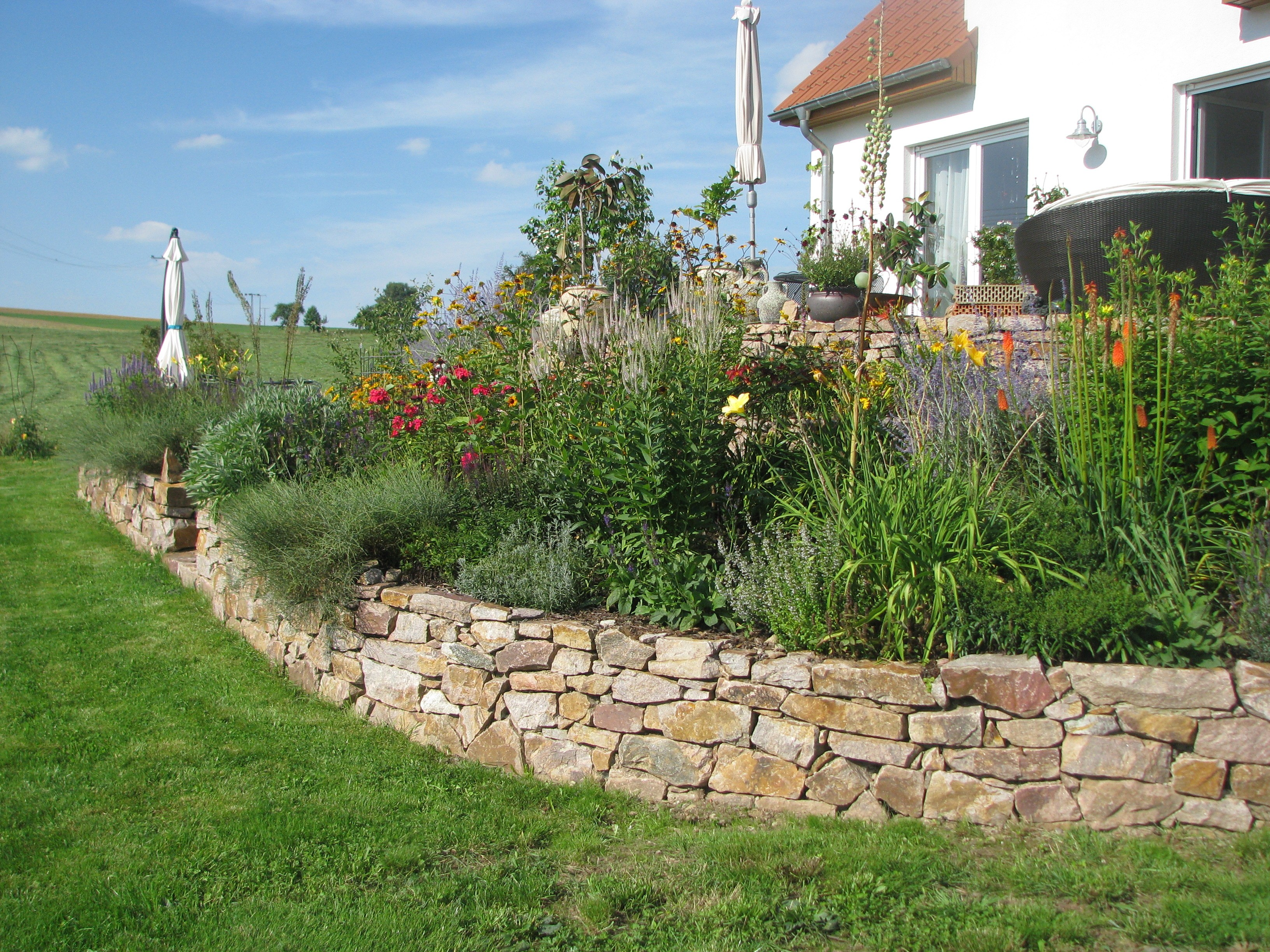 Natursteinmauern for Garten der steine