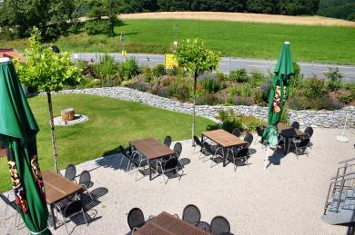 Natursteinmauer aus grauem Granit - Gartengestaltung Frank Klemt