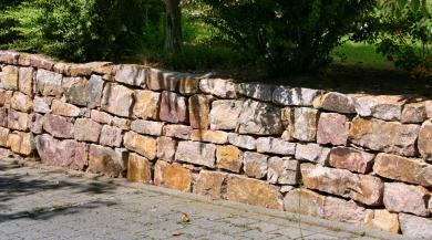 Natursteinmauer - Gartengestaltung Frank Klemt